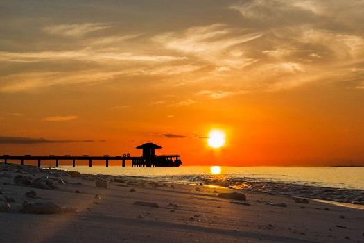 Maldiverna solnedgång